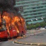 menjaga penumpang aman dari bahaya kebakaran
